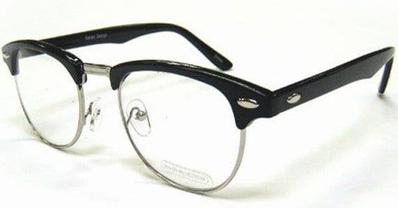 Classic Horn Rimmed Glasses 4