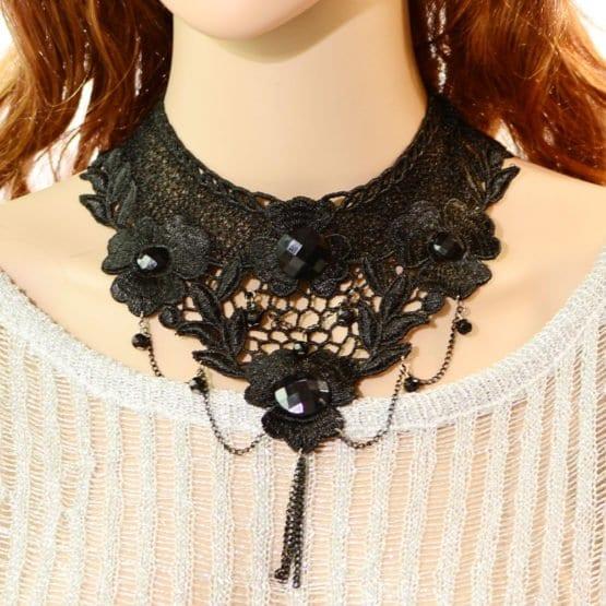 Black Lace Necklace w/ Chains & Pendant 10